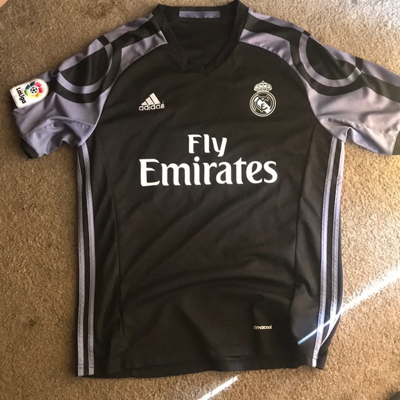 new arrival 1bec6 149a0 Real Madrid 16/17 Third Kit